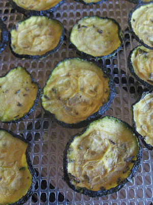 Spicy squash chips